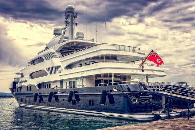location de yacht à cannes : une vie de passionnée